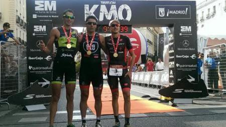 Podium del Triatlón MAdrid Km0