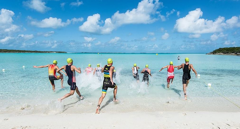 Salida Island House Triathlon Natacion