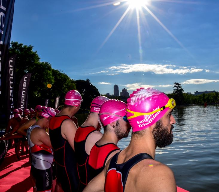 Salida Triathlon Series Madrid 2016