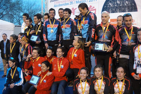 Kebi Triathlon et Devils of Rivas Dupalon Epaña Champions Team Time Trial