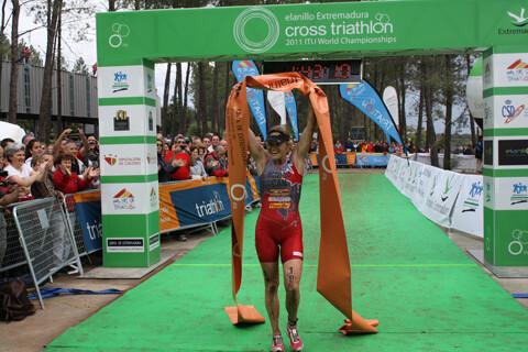 Melanie Mquaid, Campeona del Mundo de Triatlón Cros