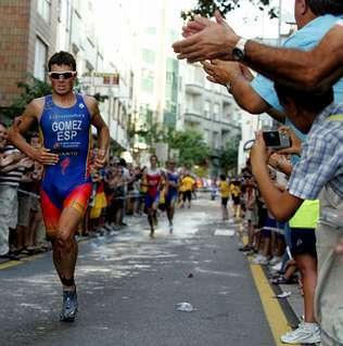 Gómez Noya follows a new eating plan to avoid flatus