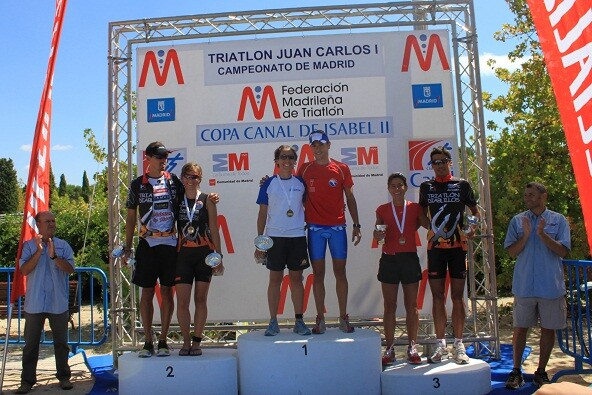 Ramón Ejeda and Nuria Blanco are proclaimed Madrid Triathlon champions in the Canal de Isabel II Cup