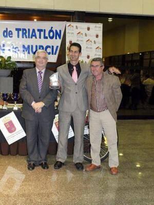 Ricardo Marin bei der Triathlon-Gala 2011 in der Region Murcia geehrt