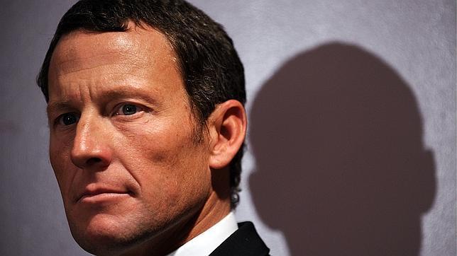 La condena de Lance Armstrong puede reducirse si coopera