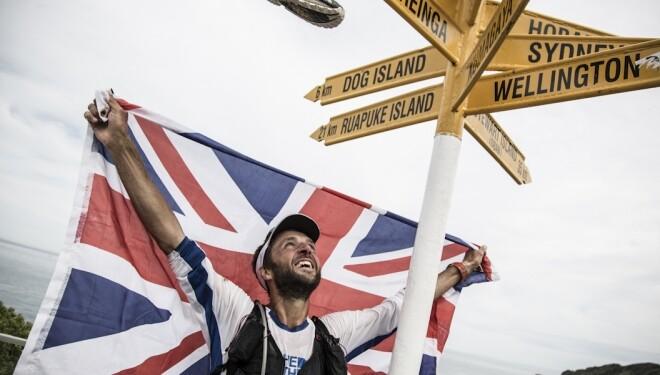 Jez Bragg consigue cuzar Nueva Zelanda corriendo en 53 días