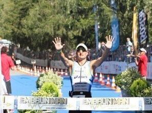 Photo of Marcel Zamora consigue su quinto Embrunman, el triatlón más duro del mundo. Eimar Mullan consigue la victoria en féminas.
