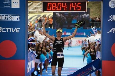 Clemente Alonso gana el Ironman Barcelona