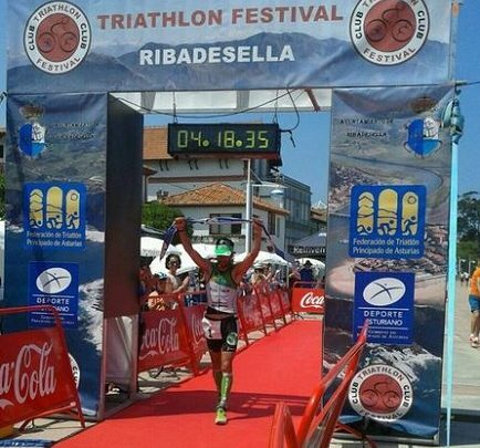 Raúl Amatriain wins the Triathlon Festival Ribadesella