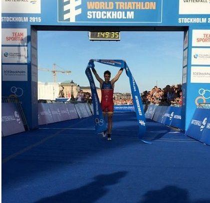 Javier Gómez Noya gana en Estocolmo