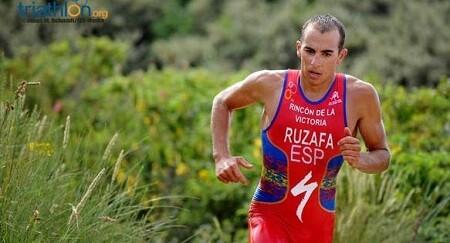 Foto von Rubén Ruzafa Favorit in der Cros Triathlon Weltmeisterschaft.