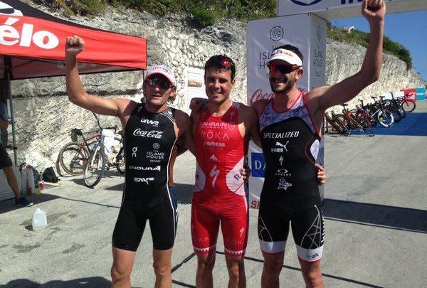 Javier Gómez Noya gana la general del Island House Triathlon.