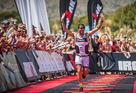 Foto von Carlos López, Champion von Spanien Triathlon LD mit Vollzeitarbeit.