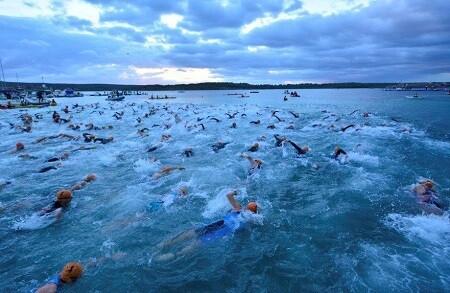 Natación del Half Menorca