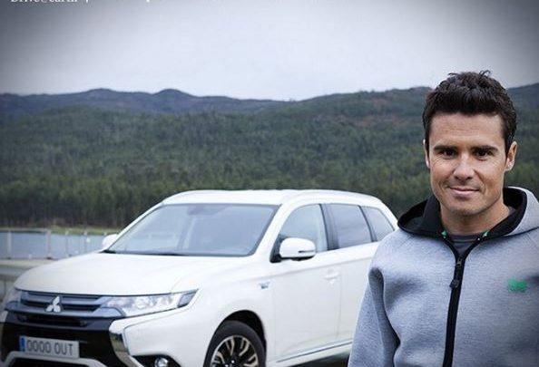 Javier Gómez Noya Mitsubishi Outlander PHEV