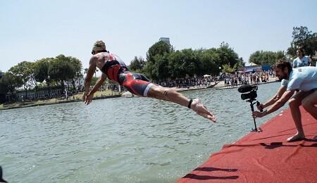Natación en el Half Triatlón de Sevilla