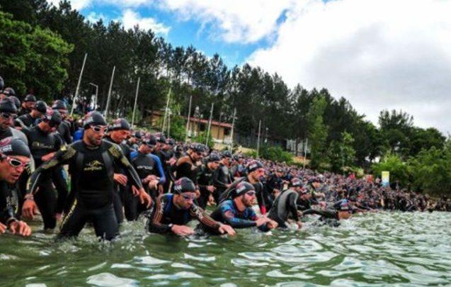 Photo of 800 triathletes to run in the «San Fermines» in the Half Triathlon Pamplona - Iruña