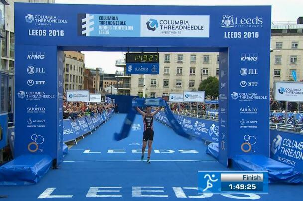 Alistair Brownlee en la carrera a pie de Leeds