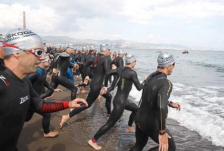 Salida natacion Half Triatlón Malaga