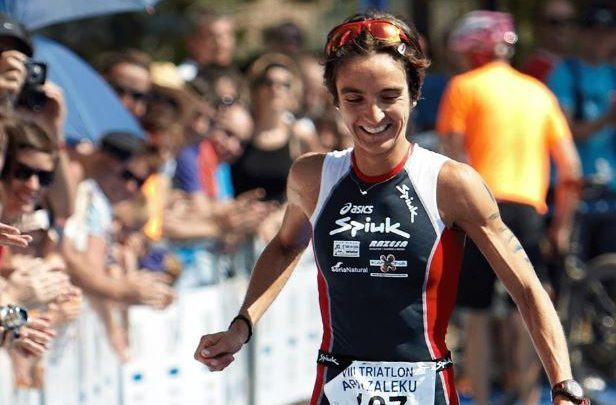 Ana Casares se retira del triatlón