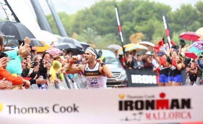 Carlos Lopez ganando el Ironman Mallorca