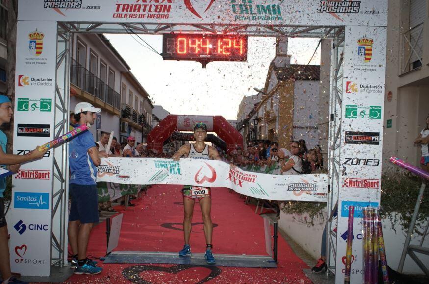 noticias_08_alba-reguillo-gana-desafio-posadas Rubén Ruzafa et Alba Reguillo remportent le triathlon de Posadas Actualités Triathlon