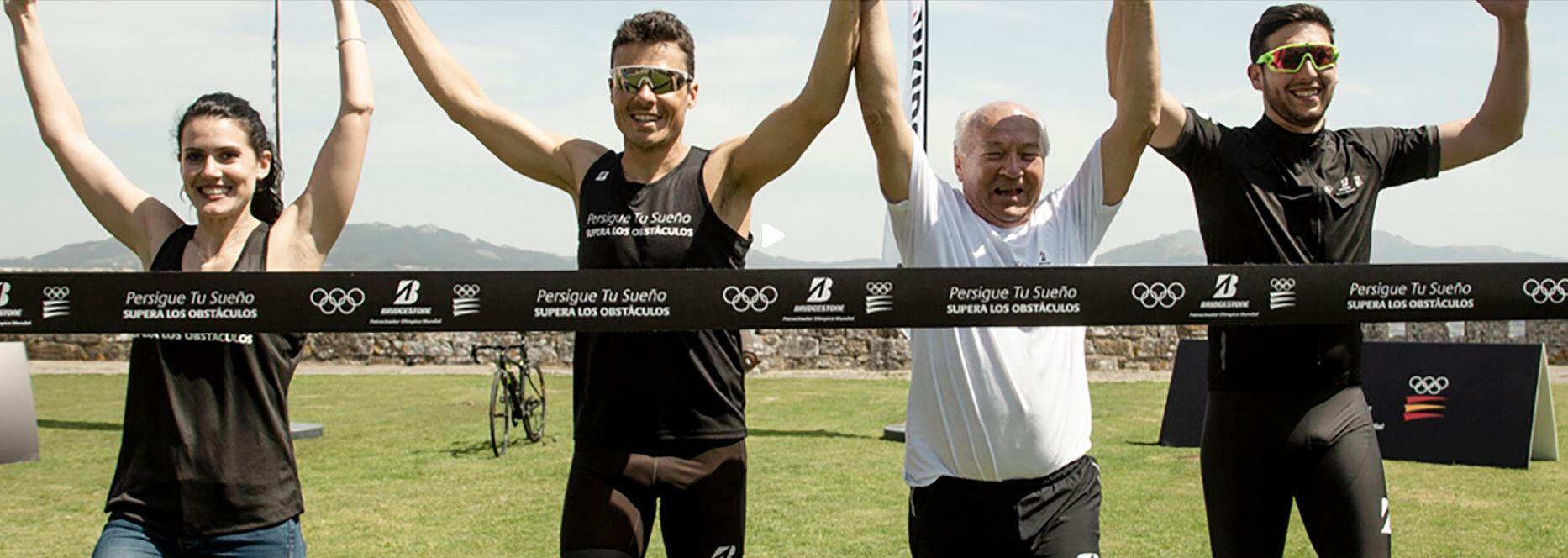 noya-ayuda-personas-triatlon Javier Gómez Noya ayuda a 3 personas a completar su sueño de volver al deporte Noticias Triatlón