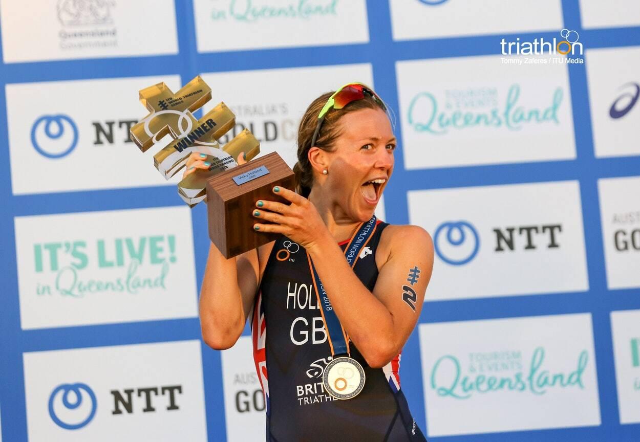 vicky-holland-campeona-mundo Los 12 mejores momentos de la temporada de Triatlón por la ITU Noticias Triatlón