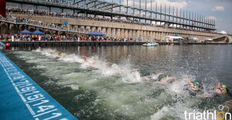 How long do the PROs take to swim in the Triathlon World