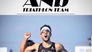 Photo of Uxío Abuín signs for the ANb Triathlon Team