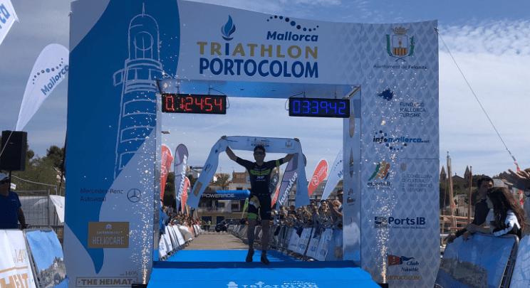 Domenico Passuello and Emma Bilham win the Portocolom International Triathlon