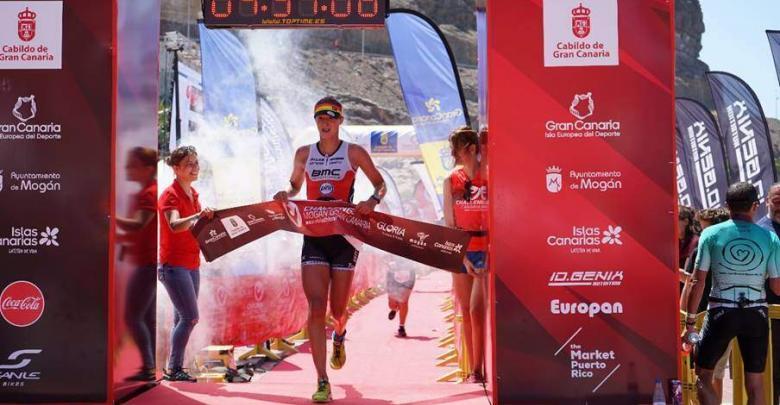 La británica Emma Pallant vuelve a reinar en Mogán y el belga Heemeryck estrena victoria