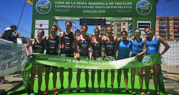 Podium-female-Cpto-Triathlon-Relay