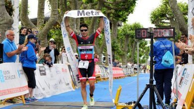 Javier Gómez Noya ganando Triatlón Atlántico