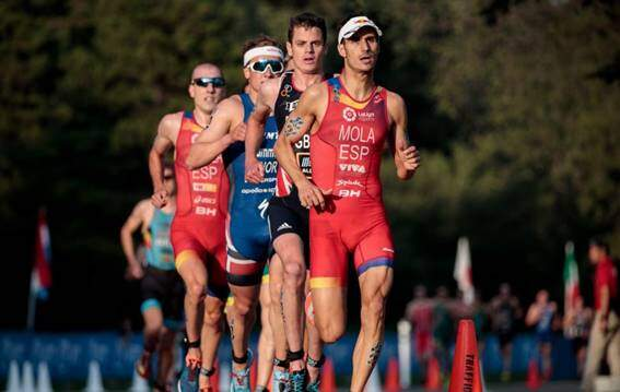 Mola and Alarza in the running race of the World Triathlon Series