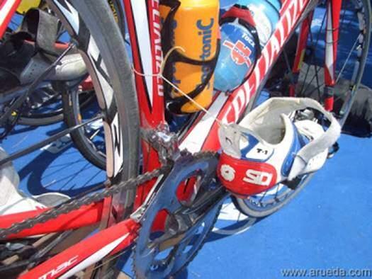 Placement of T1 triathlon shoes