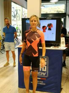 WhatsApp-Image-2019-07-05-at-11.46.45-225x300 SANTINI, Sports technical clothing, Sponsor OFFICIAL IRONMAN Articles Sports equipment