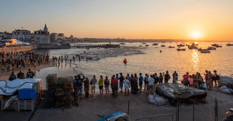 Swimming start IRONMAN 70.3 Cascais