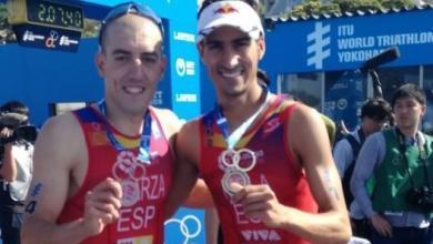 Photo de Mario Mola et Fernando Alarza en or et en bronze du mérite de l'ordre royal du sport