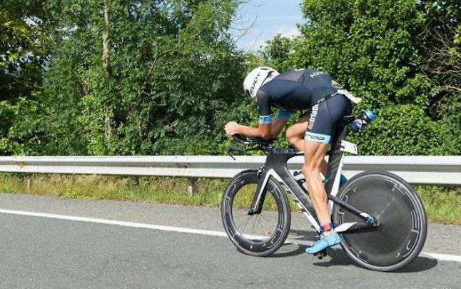 Cycling sector of the Buelna Valley Triathlon