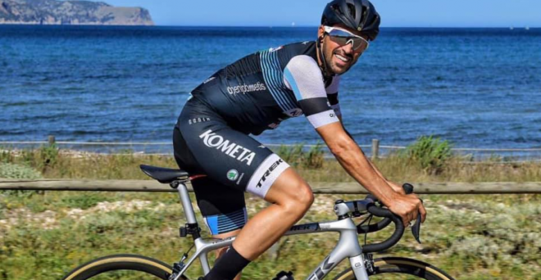 Alberto accountant in a cycle touring test