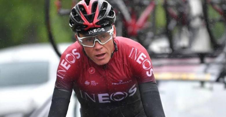 Chris Froome trains again two and a half months after the operation