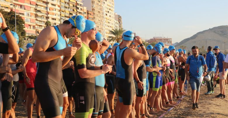 Olympic trialton swimming start in Alicante Triathlon
