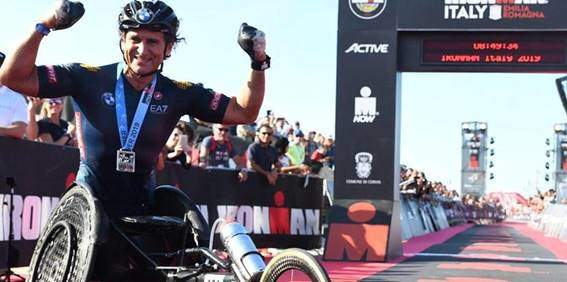 Alex Zanardi winning the IRONMAN Italy