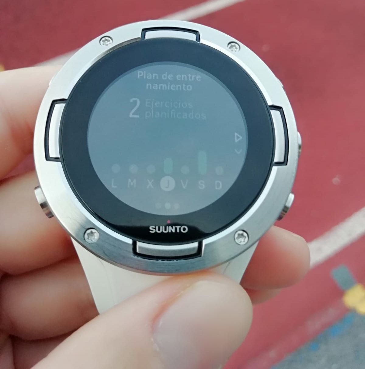 The Suunto 5 GPS watch and its training plans
