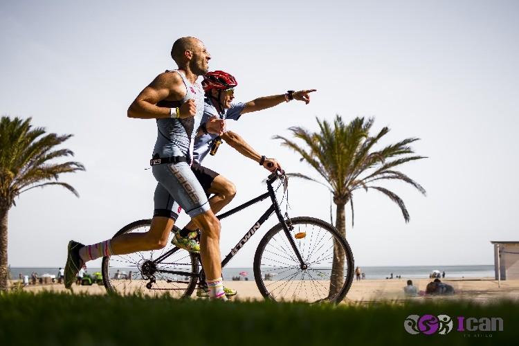 Marcos Pérez and Míriam Vega winners of the Full Ican Triathlon Gandia 2019.