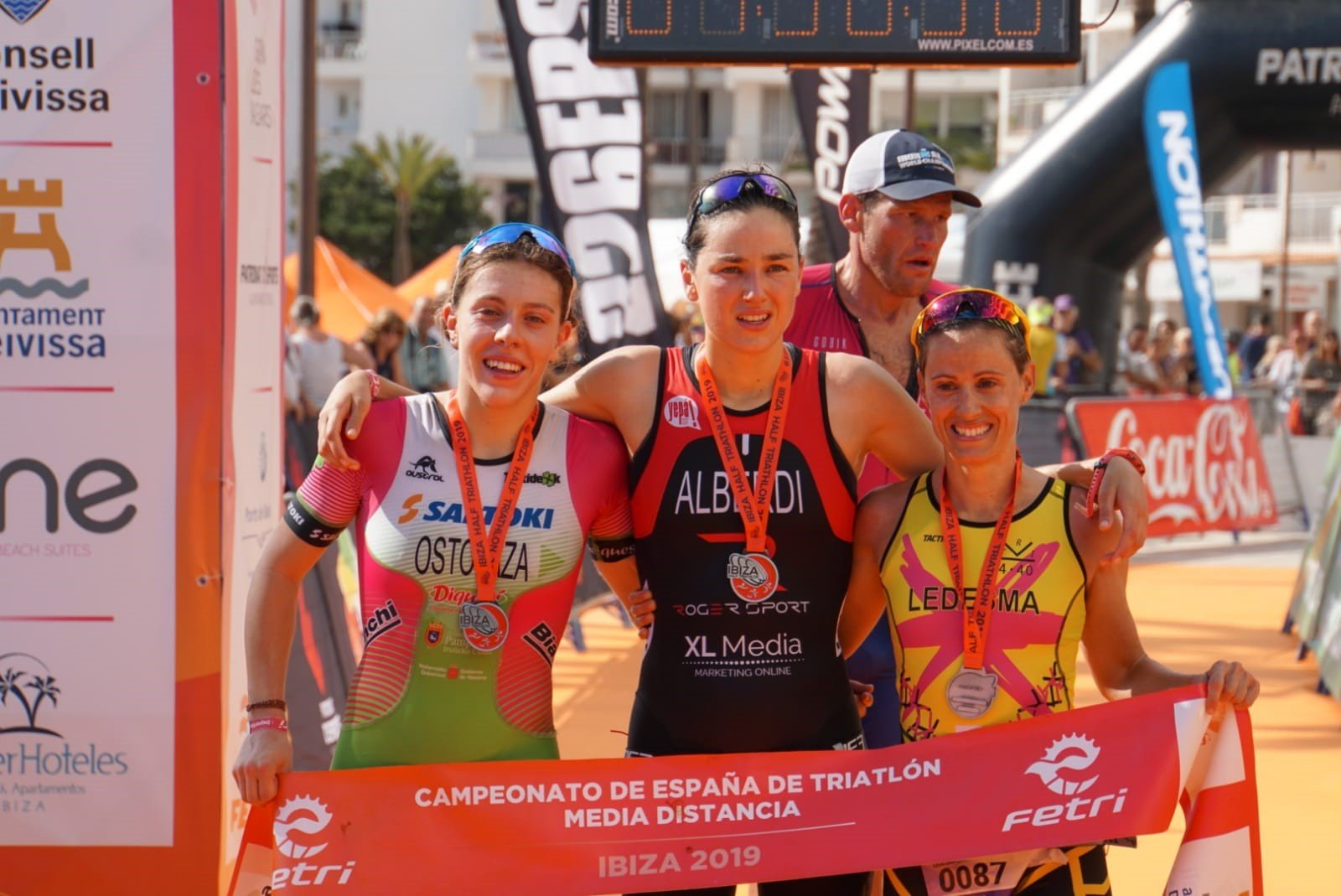 Ander Okamika and Helene Alberdi MD Spanish Triathlon Champions in Ibiza