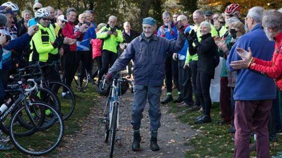image001-12 An 82 year old cyclist rides his 1 bike a million miles Cycling news