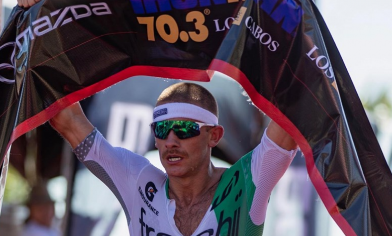 Lionel Sanders winning the IRONMAN 70.3 Los Cabos
