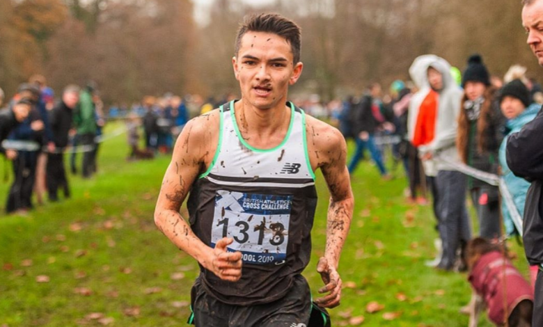 Alex Yee competing in Cross
